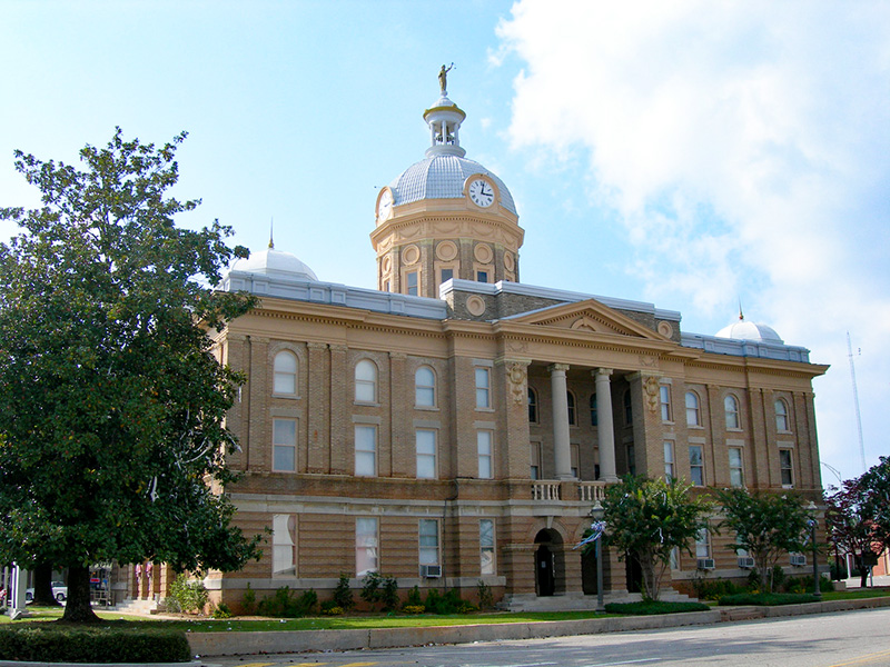 The Clay County Courthouse in Ashland was built in 1906 in the Classical Revival architectural style.