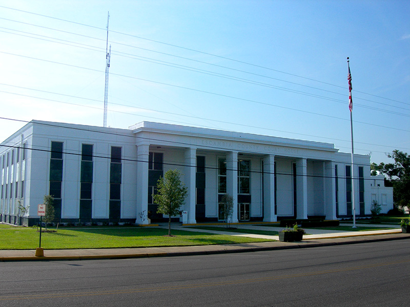 The current Escambia County courthouse in Brewton was built in 1960.