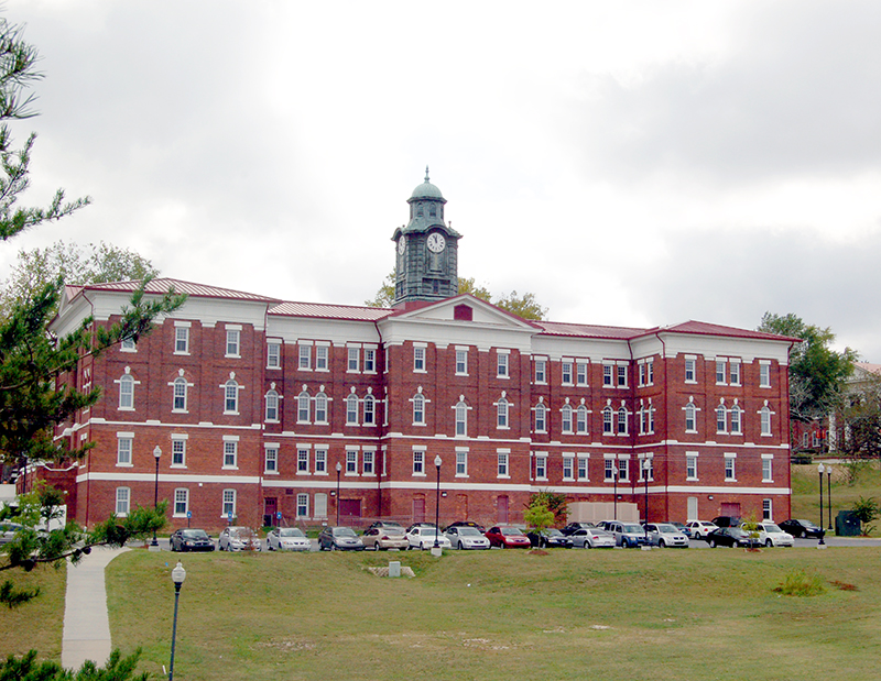 syphilis research scandal tuskegee university