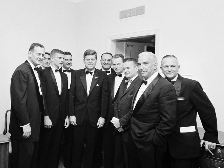 Pres. Kennedy with Bear Bryant and UA Sports Figures ...